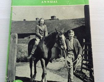 The Pony Club Annual no.3 (1952)