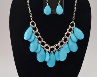 aqua and silver bib statement necklace set