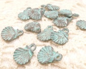 Scallop Shell Charms, Tiny Perfect, Rustic, Vintage Look, Patina  - Mykonos Casting (6) - M52