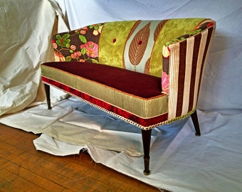 SOLD !!  Vintage funky Love seat