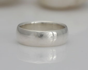 Band, sterling silver ring band, size 4 3/4 and custom sizes, #565.