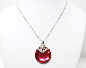 Fuchsia Pink Crystal Facetted Gem on Silver Pendant Necklace