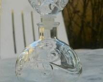 Vial or bottle perfume