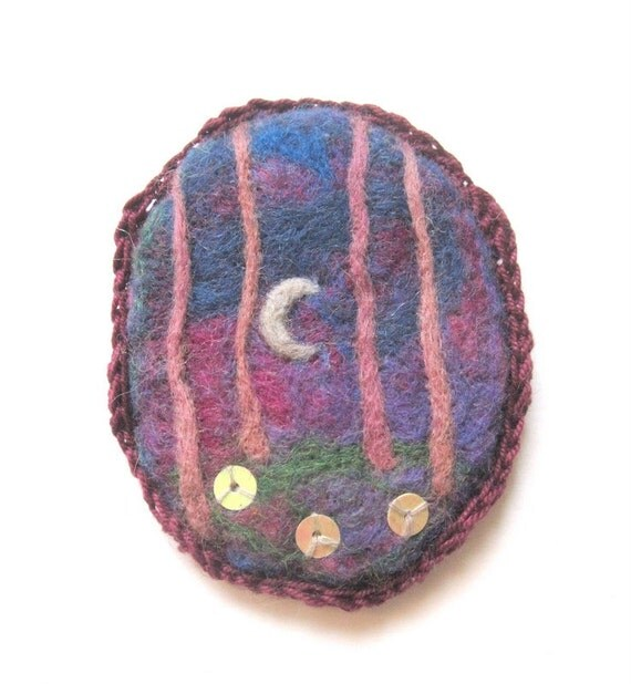 Felt brooch, purple felted pin, pink and purple wool jewelry, original art.