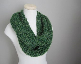 Crochet Christmas Green, St. Patrick's Green, Hunter Green, Sage, Olive, Evergreen Infinity Scarf, Women's Scarf, Men's Scarf, Unisex Scarf