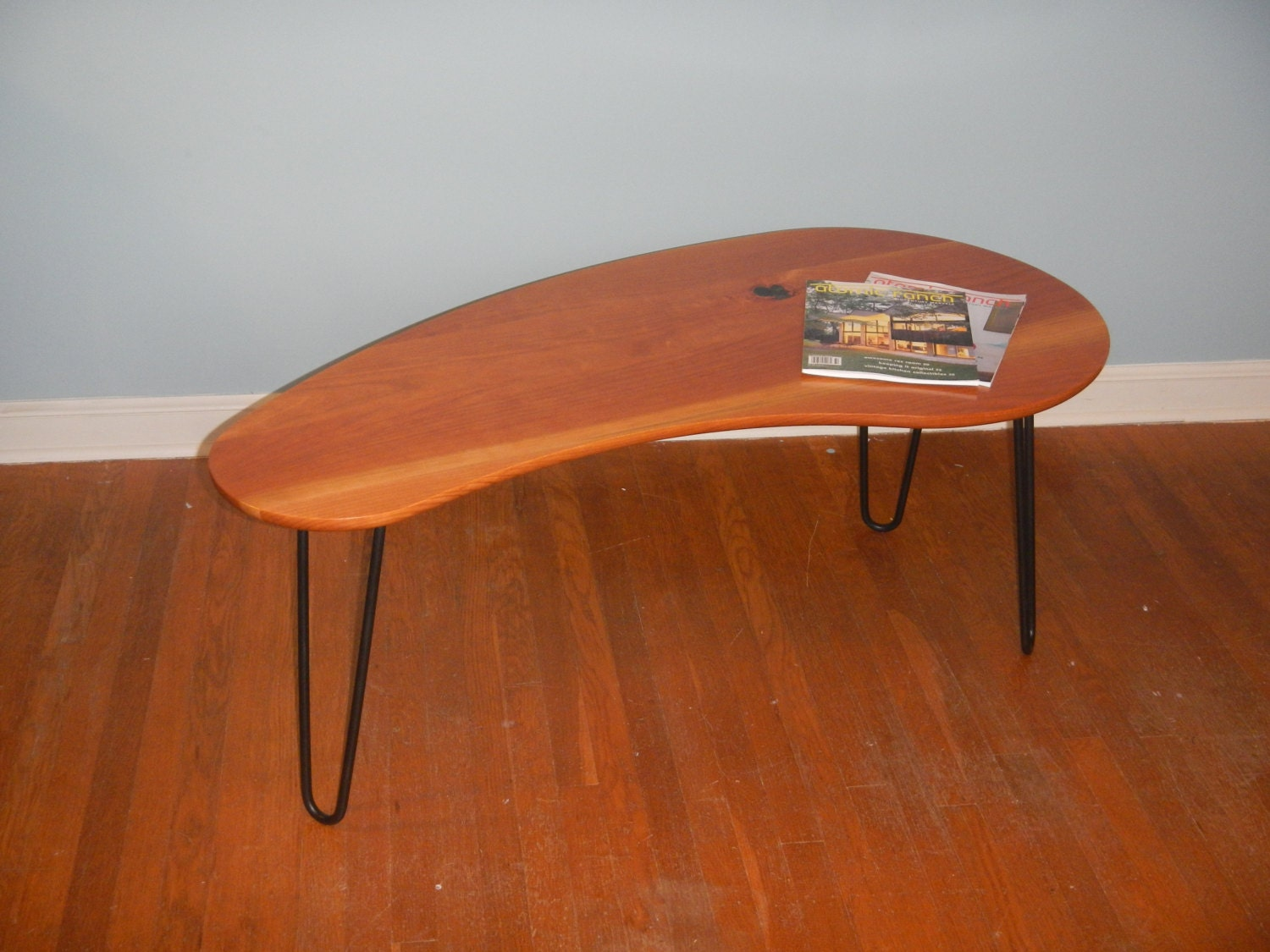 Mid Century Modern Kidney Bean Coffee Table With Hairpin Legs