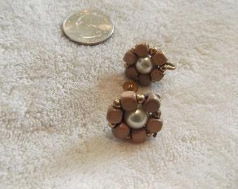 Vtg Screw On Earrings-Wooden Cluster Flowers-C1926
