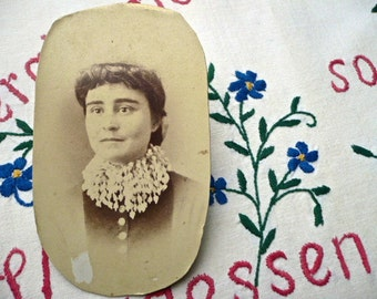 Vintage Photo Mounted on Card, Early 20th Century - Lace Collar Lady, Canadian Vintage Photograph