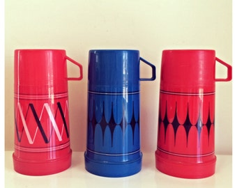 Vintage thermos collection / vintage red blue thermos / aladdin thermos / blue black thermos / gift for him gift for her / vintage teacher