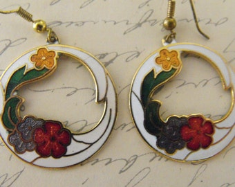 Vintage Cloisonne Enamel earrings White Floral
