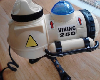 Vintage Viking 250  Space Ship Aquarium Pump