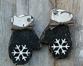Primitive Wood Holiday Decor, Rustic Winter Decor, BLACK mittens