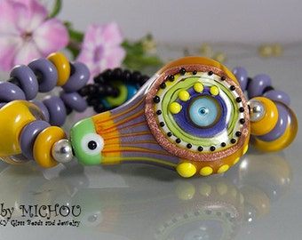Hipp Chic - Art Glass Bracelet made by Michou Pascale Anderson
