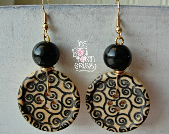 Earrings - wooden buttons vortices patterns