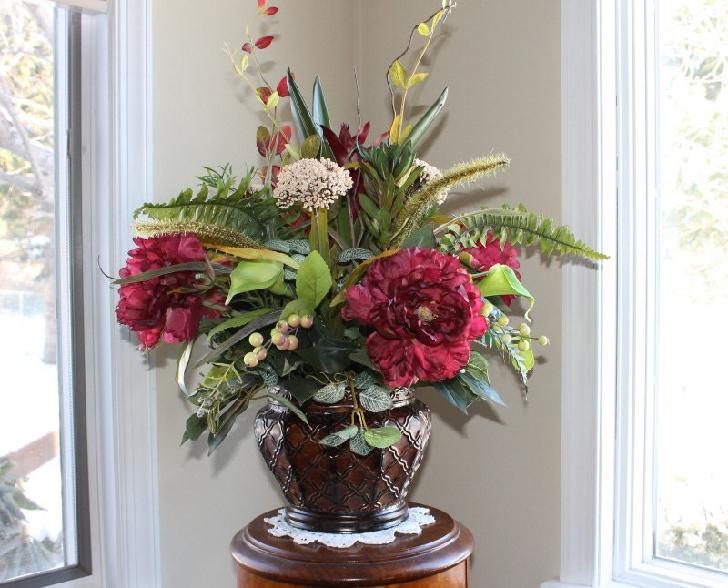 Burgundy floral centerpiece