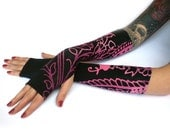 Purple Flowers Cotton Fingerless Gloves - Black & purple Arm Warmers , Floral, Cotton - Yoga Gothic Belly Dance Fusion Light Goth Cycling