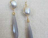 Gray Chalcedony earrings, Fresh water pearl hand wired earring, made of honor, pearl earrings, 14k gold filled wire wrapped pearl earring