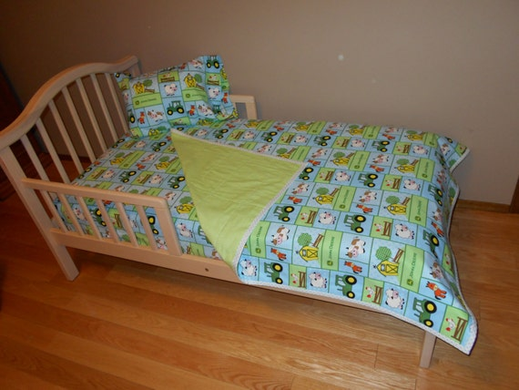 John Deere Toddler Bedding Sets : Baby barn yard john deere fabric toddler crib bedding set cow