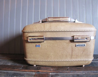 Vintage American Tourister Train Case in Milk Chocolate Brown Luggage