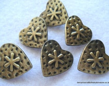 19mm Bronze Tone Heart Shape Metal Button Pack of 6 Heart Buttons MB5
