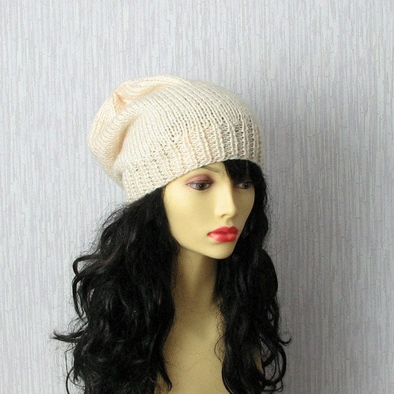 SALE HAT - Creme Knitted Slouchy Beanie Hat