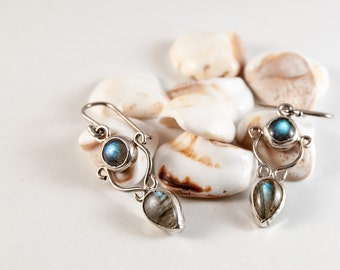 Handmade earrings with pear and round Labradorite stone