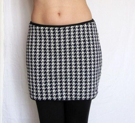 SALE Reversible mini skirt. Navy white houndstooth black