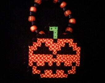 Pumpkin Head Halloween perler bracelet