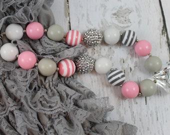 Pink Grey Baby Chunky Necklace, Children's Necklace, Baby Necklace, Beaded Gumball Necklace, Girls, Photo Prop Birthday, Wedding, Cake Smash