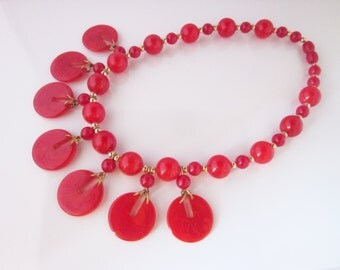 Red disc bakelite necklace