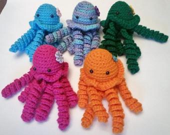 Amigurumi Jellyfish Crochet Yarn Stuffed Toy Sea Creature Choice of Color