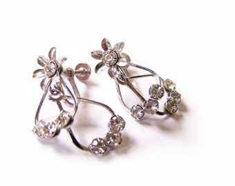 Vintage Silver Tone Rhinestone Flower Dangle Screw On Earrings / Gift for Her / K301