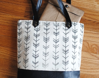 Two-tone Screen-printed Canvas Tote