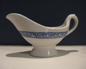 Vintage Lamberton Scammell sauce boat gravy boat salad dressing blue and white