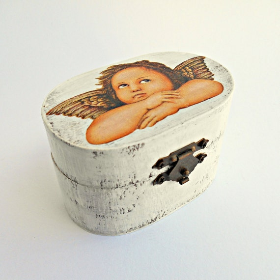 FREE SHIPPING, Wedding antique white ring bearer box / pillow with angel, Wooden ring bearer box, Pillow alternative, Wedding keepsake box