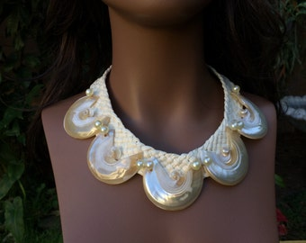 White Pearl shell necklace