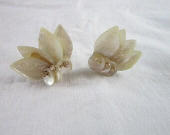 Vintage Mother of Pearl Screw Back Earrings