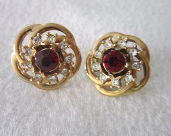 Vintage Screw back Earrings with Solitaire Ruby Rhinestone encircled with white Rhinestones
