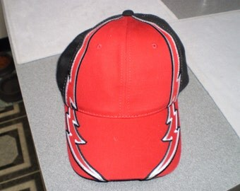 Vintage Double Lightning Strikes Genuine Quality Baseball Cap made in Bangladesh