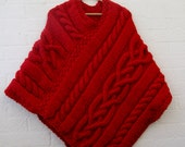BLACK FRIDAY SALE Chunky knit Merino wool Poncho in Scarlet red/ Women Poncho/ Knitted Poncho/valentine's day gift