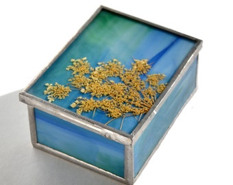 Natural Detailed Keepsake Box with Mirror
