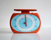 Vintage Kitchen Scale / Vintage orange and blue Italian kitchen scale Laica