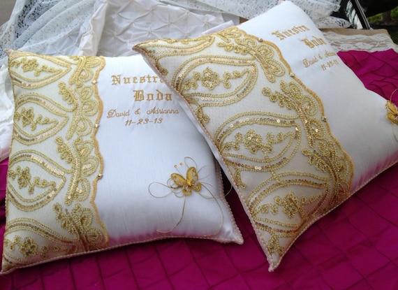 Personalized Wedding Kneeling Pillow Set 2 Set De Cojines