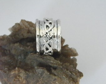 Hammered Oxidized Sterling Silver Spinner Ring-Stamped.925 with Braided Spinner size US 8