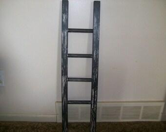 Leaning Ladder / Crackle Paint Look / Jewelry Rack / Display Rack