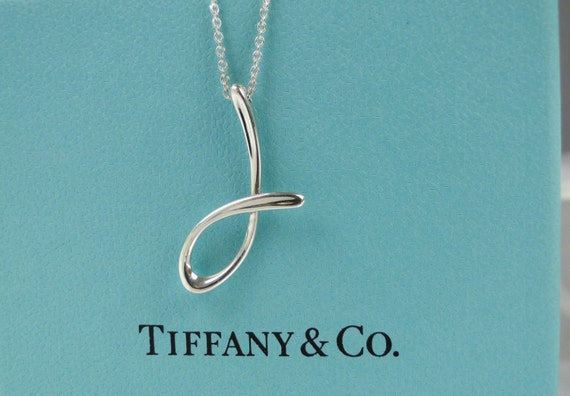 Tiffany co elsa peretti letter j alphabet for Elsa peretti letter pendant review