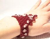 Red bracelet with Pink Quarz. Triangle bracelet. Geometric bracelet. Gemstone bracelet. Designer everyday bracelet.
