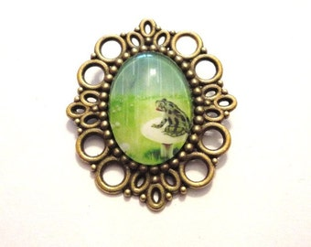 Brooch Frog Glass Metall