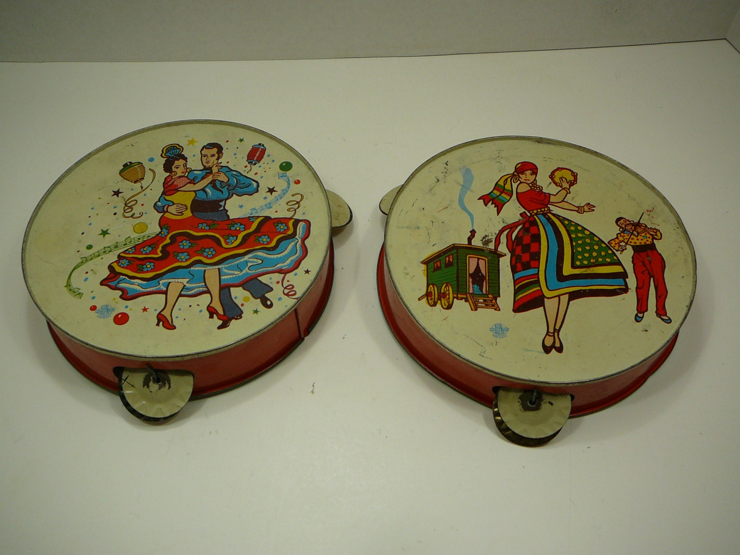Vintage Toys From The 60s : Vintage tin toy tambourine set s kids