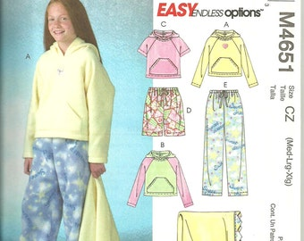 McCall's M4651 Easy UNCUT Pattern / Girls Tops, Shorts, Pants and Blanket / Sizes M, L & XL